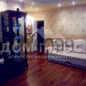 Продается квартира 3-ком 55 м² Ереванская