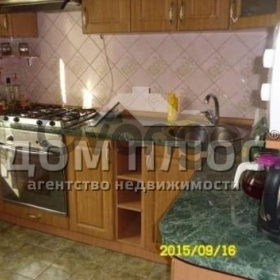 Продается квартира 3-ком 72 м² Маяковского Владимира просп