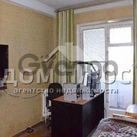 Продается квартира 3-ком 72 м² Бучмы Амвросия