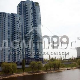 Продается квартира 2-ком 70 м² Воссоединения просп