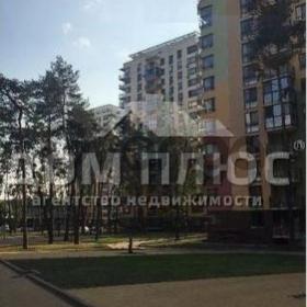 Продается квартира 1-ком 46 м² Петрицкого ул