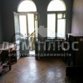 Продается квартира 2-ком 63 м² Метростроевская