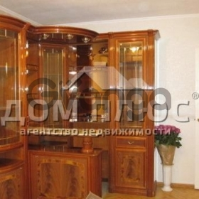 Продается квартира 2-ком 54 м² Златоустовская