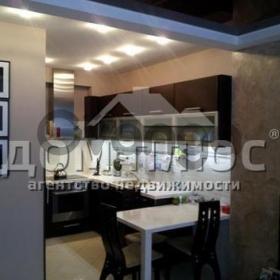 Продается квартира 2-ком 73 м² Осенняя