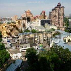 Продается квартира 2-ком 91 м² Щорса (Коновальца)