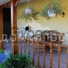 Продается дом 6-ком 218 м²