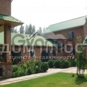 Продается дом 6-ком 430 м² Гречко Маршала