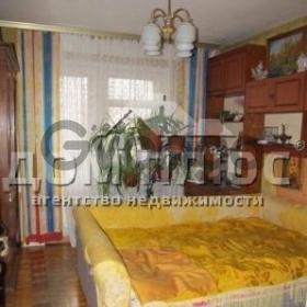 Продается квартира 4-ком 90 м² Приречная