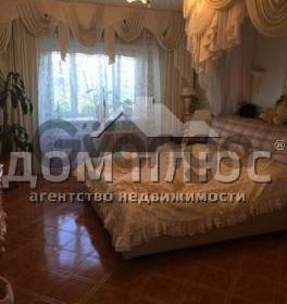Продается квартира 2-ком 73 м² Смелянская