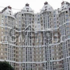 Продается квартира 3-ком 117 м² Хмельницкого Богдана