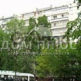 Сдается в аренду квартира 3-ком 70 м² Татарская