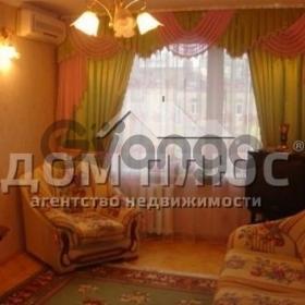 Продается квартира 3-ком 76 м² Январский пер