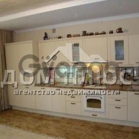 Продается квартира 2-ком 62 м² Замковецкая