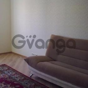 Сдается в аренду квартира 2-ком 60 м² Чистяковой,д.58