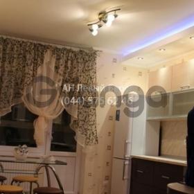 Сдается в аренду квартира 1-ком 54 м² ул. Урловская, 40, метро Позняки