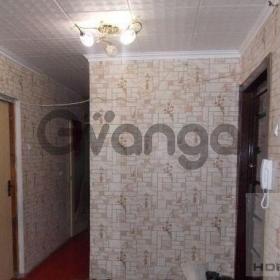 Продается квартира 4-ком 76 м² Строителей, проспект, 8 б