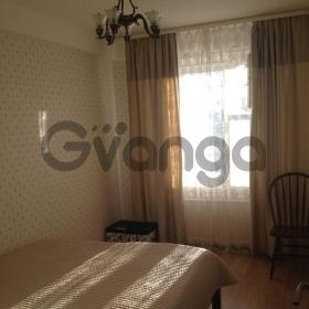 Сдается в аренду квартира 2-ком 50 м² Шаврова Ул.,  5, метро Комендантский проспект