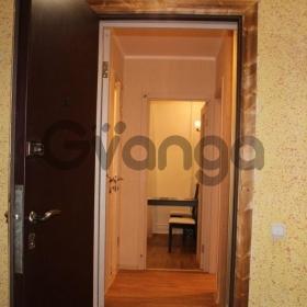 Сдается в аренду квартира 1-ком 38 м² Бадаева Ул.,  8, метро Проспект Большевиков