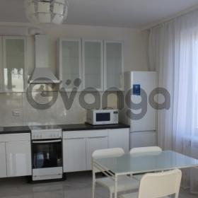 Сдается в аренду квартира 2-ком 65 м² Мурино / Привокзальная Пл.,  3к1, метро Девяткино