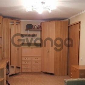 Сдается в аренду квартира 1-ком 400 м² Киевская Ул.,  3, метро Фрунзенская
