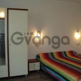 Продается квартира 2-ком 42 м² Ленина ул., д. 28
