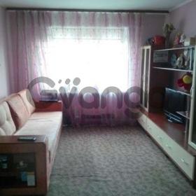 Продается квартира 2-ком 56 м² Бажана ул.