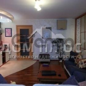 Продается квартира 3-ком 100.6 м² Героев Сталинграда просп