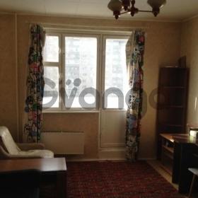 Сдается в аренду квартира 1-ком 42 м² Тарханская,д.3к1, метро Жулебино