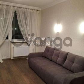 Сдается в аренду квартира 1-ком 41 м² ул. Московский, 2, метро Васильковская