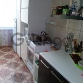 Продается квартира 2-ком 52 м² ул. Короленко, 28