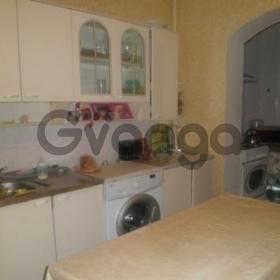 Продается квартира 2-ком 61 м² Сосновый пер., 3