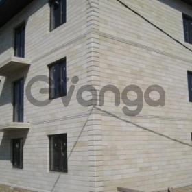Продается квартира 2-ком 56 м² ул. Цветочная, 55