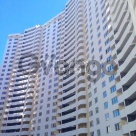 Продается квартира 3-ком 100 м² ул. Драгоманова, 4а, метро Позняки
