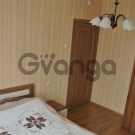 Сдается в аренду комната 3-ком 68 м² Льва Толстого,д.52А