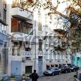Продается квартира 5-ком 178 м² Кропивницкого