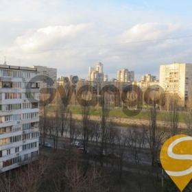 Продается квартира 2-ком 47 м² Энтузиастов ул.