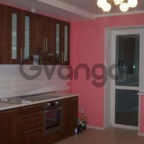 Сдается в аренду квартира 2-ком 78 м² Маковского,д.20