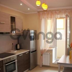 Сдается в аренду квартира 2-ком 50 м² Инициативная,д.13
