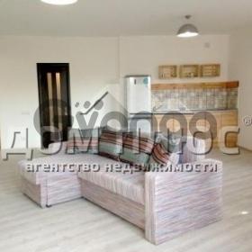 Продается квартира 1-ком 50 м² Рижская