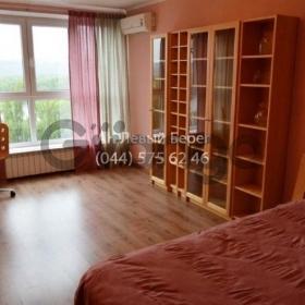 Продается квартира 1-ком 34 м² ул. Русановская Набережная, 6, метро Левобережная