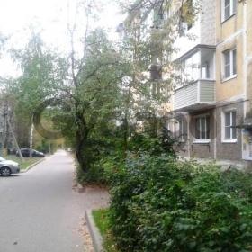 Продается квартира 2-ком 44 м² 1-й микрорайон 18