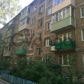 Продается квартира 2-ком 42 м² 2-й микрорайон 49