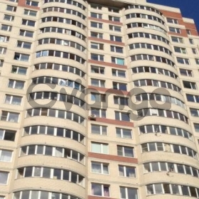 Сдается в аренду квартира 1-ком 42 м² улица Латышских Стрелков, 17к1, метро Ладожская