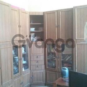 Сдается в аренду квартира 5-ком 85 м² Октябрьская набережная, 20к1, метро Новочеркасская