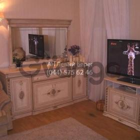 Сдается в аренду квартира 3-ком 120 м² ул. Владимирская, 81