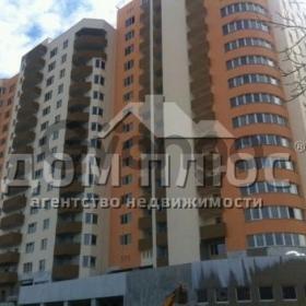 Продается квартира 2-ком 78 м² Демиевская ул