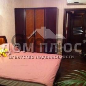Продается квартира 3-ком 110 м² Днепровская набережная