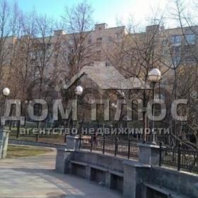 Продается квартира 1-ком 43 м² Предславинская