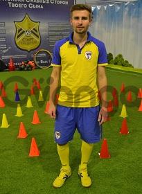 Тренер по футболу