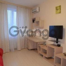 Сдается в аренду квартира 1-ком 45 м² ул. Ахматовой Анны, 45, метро Осокорки